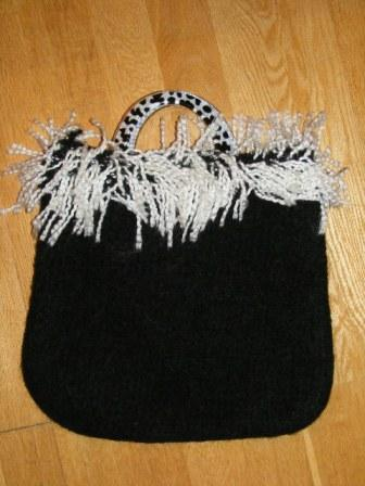 Black & White Business Bag with matching handles - £40
